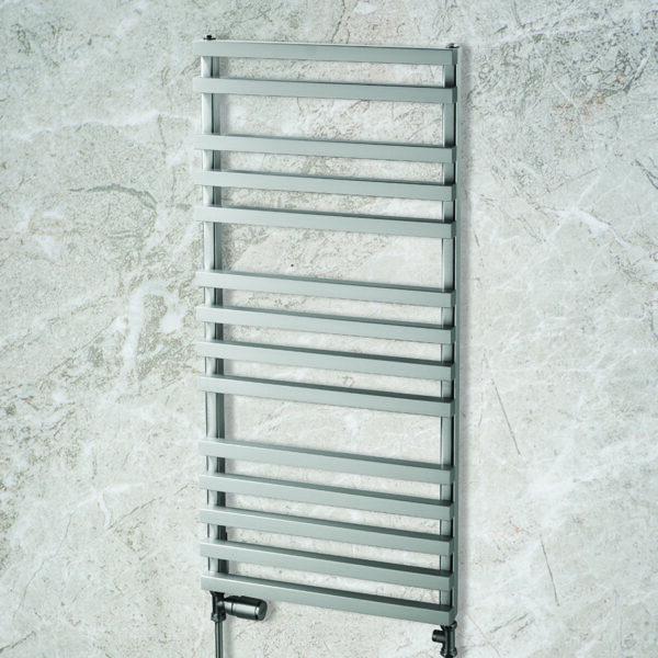 Attractive towel rail for bathrooms