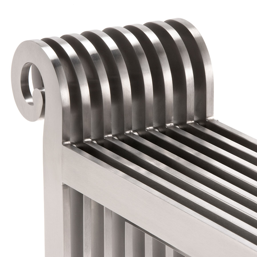Designer radiator for entrance and bathrooms