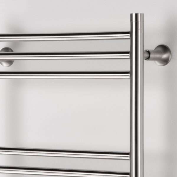 Attractive towel rail for bathrooms